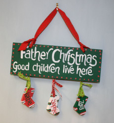 Father Christmas Good Children Live Here